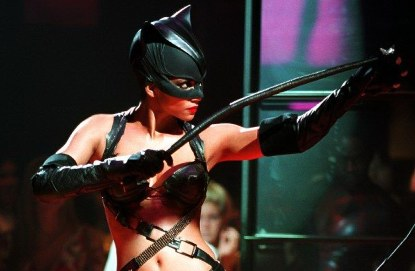 Catwoman Halle Berry Production Notes Kitten With A Whip