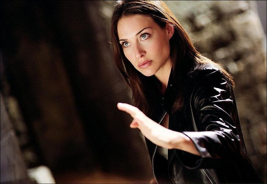 Claire Forlani The Medallion The Medallion Movie Pr...
