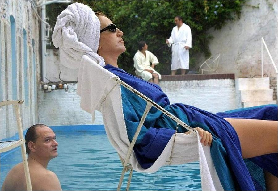 The Holy Girl - Mercedes Moran