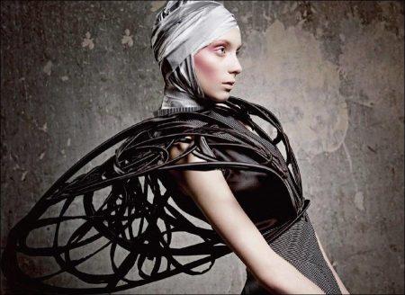 Poiret and Avant-Garde Fashion