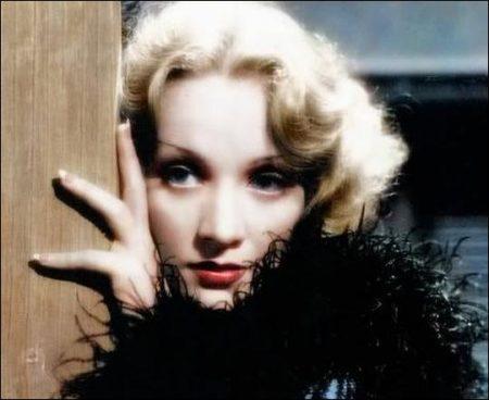 Streamlined Style - Marlene Dietrich