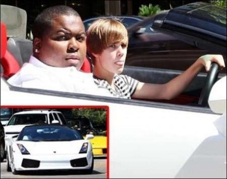 Justin Bieber drives Diddy's $200,000 Lamborghini