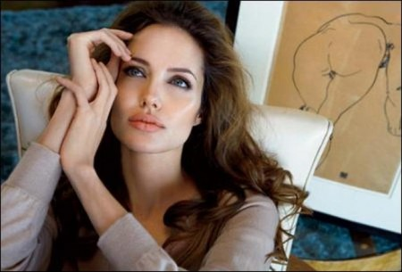 Angelina Jolie opens up on domestic life