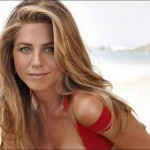 Jennifer Aniston moves in with beau