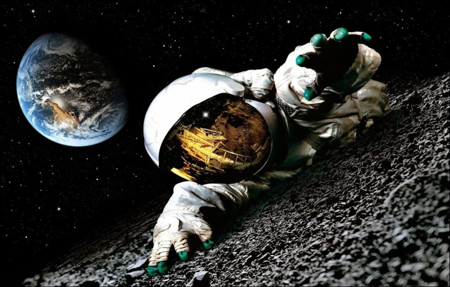 Apollo 18: The story of secret mission to the moon   Made ...