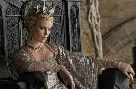 Charlize Theron's frightening Evil Queen
