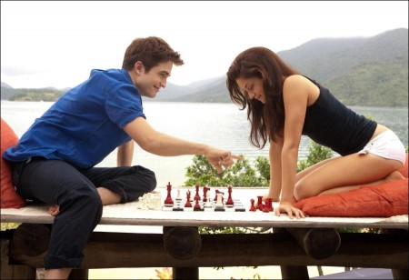 Box Office: 'Twilight Breaking Dawn – Part 1' draws a strong $139M