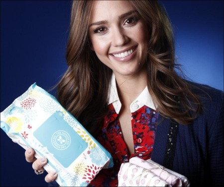 Jessica Alba keeps it 'Honest' with eco-friendly products
