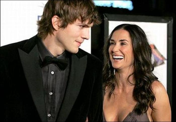 ashton kutcher files for divorce from demi moore made in atlantis. Black Bedroom Furniture Sets. Home Design Ideas