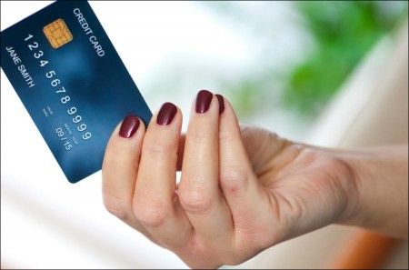 5 common credit card habits that cost you