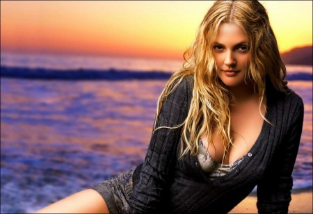 Drew Barrymore: Being single 'feels fine'