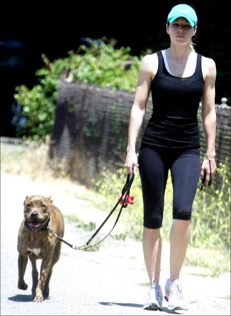 Amanda Seyfried Workout Secrets | Made in Atlantis Jessica Biel Workout