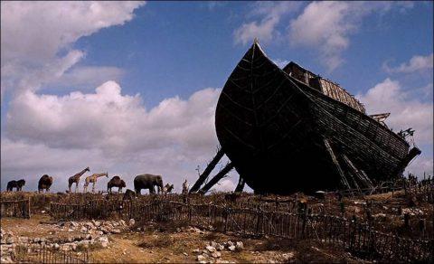 el basalto y la gloria The-bible-in-the-beginning-1966-3-480x292