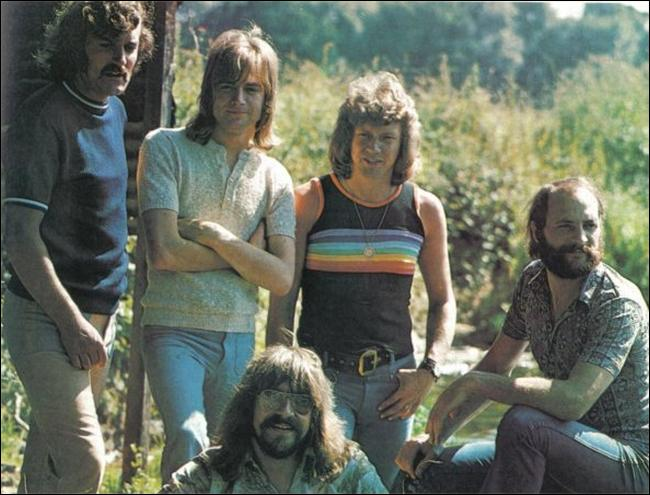 The Moody Blues:Melancholy Man Lyrics - lyrics.wikia.com